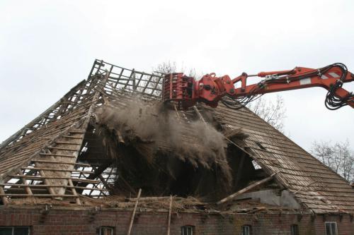 harm veenstra kraanverhuur slopen boerderij dak